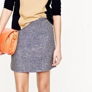 SK67  J Crew 62% silk blend mini skirt